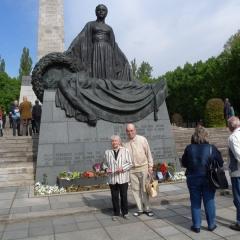 Am Denkmal Schönholz